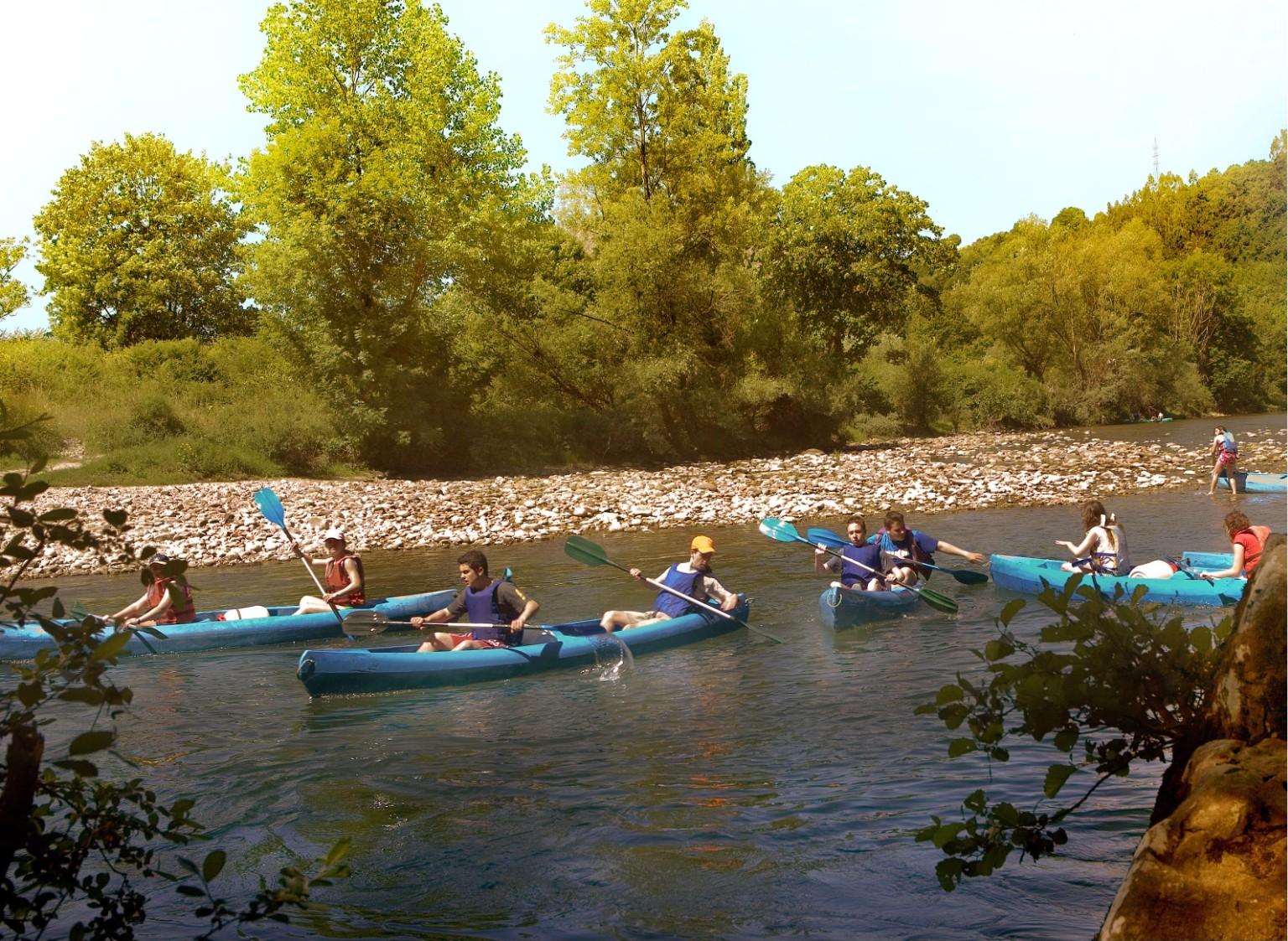 Turismo aventura en cangas de on s rafting en asturias for Oficina turismo cangas de onis